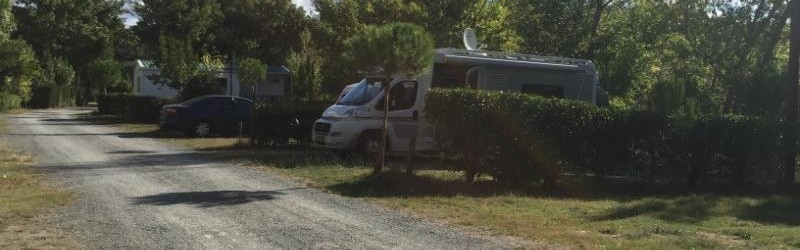 emplacement camping-car camping village grand sud carcassonne aude