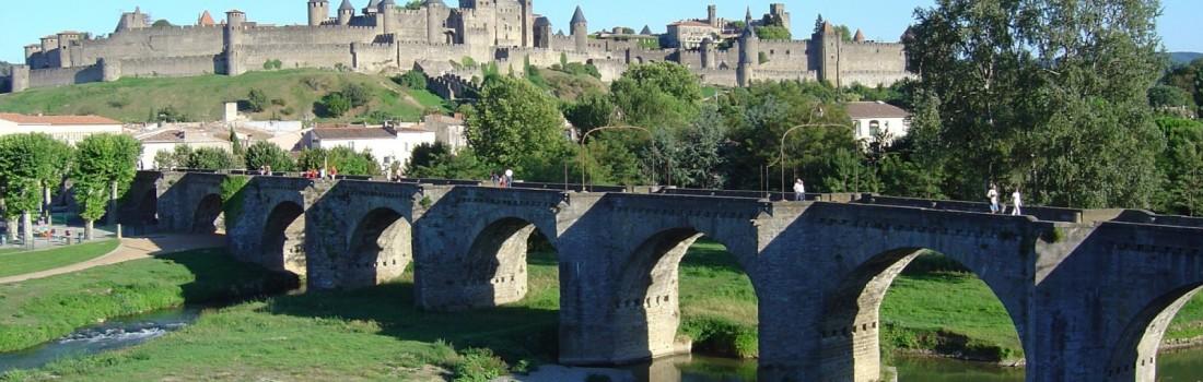 carcassonne-cite-medievale-et-pont-vieux-2000